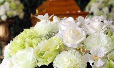 Flores para velório: expressando carinho e cuidado com o ente querido