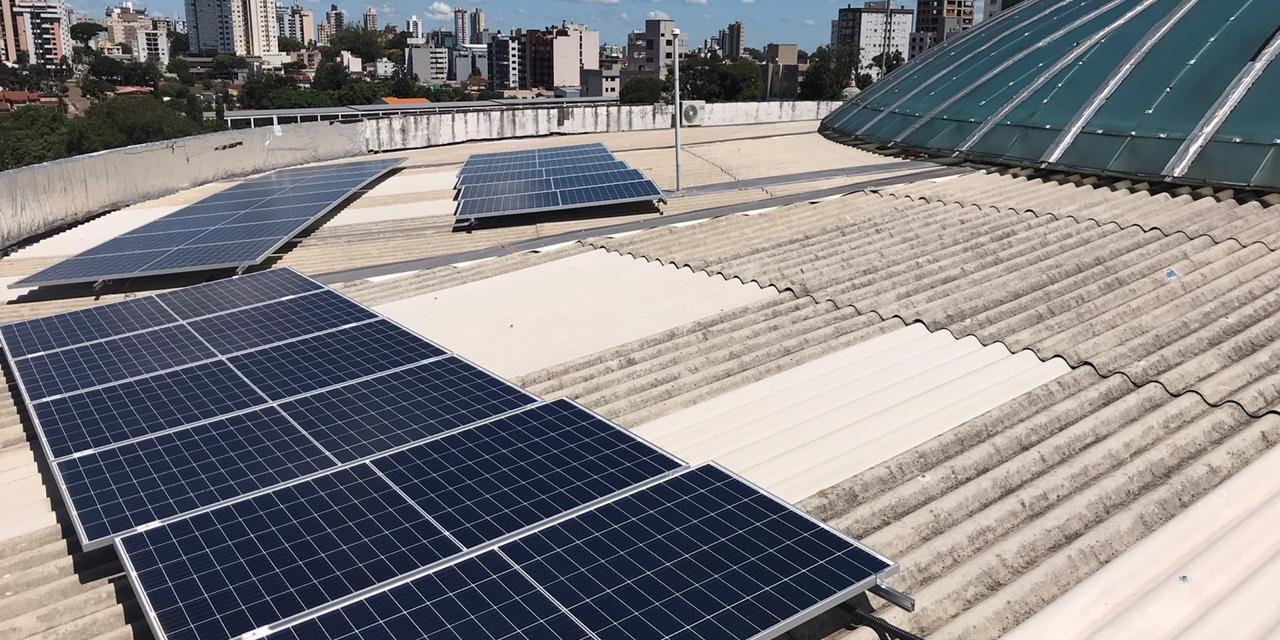 Memorial Vera Cruz adota energia solar como fonte energética
